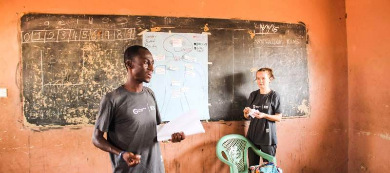 volunteers in classroom
